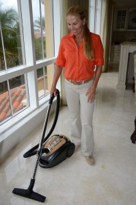 ideal vacuum for tile floors